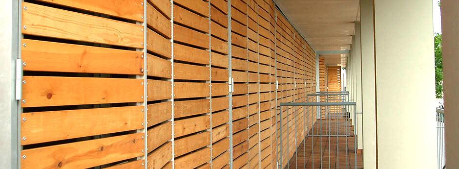 Tamiluz celos as de madera lamas fijas celos as lama for Celosias en madera